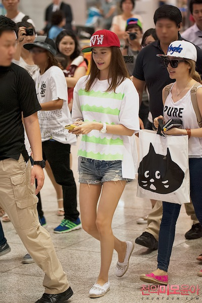 ews20130825airportfashion17